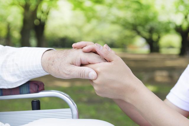 未経験で介護職を目指す場合に大切なのはしっかり転職先を選ぶこと